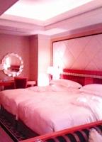 部屋ベッド.jpg